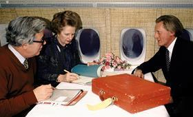 At the heart of government: in this 1985 photograph, Heseltine is seen jetting off with prime minister Thatcher and fellow cabinet member Geoffrey Howe. The two men played pivotal roles in bringing about her downfall