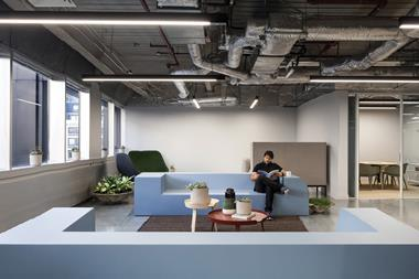 Storey flexible workspace