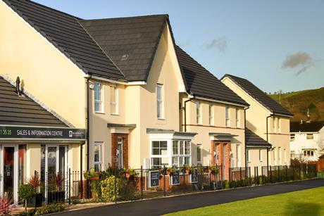Barratt houses_shutterstock_763044883_cred Ceri Breeze