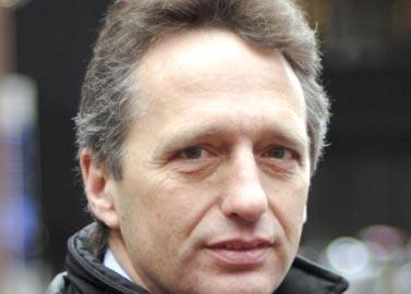 Sumner: has reduced Henderson's UK exposure