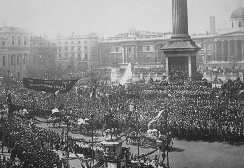Trafalgar Square, 1800s