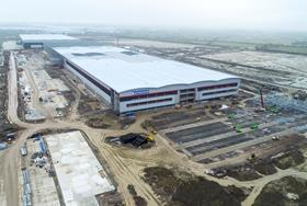 Royal Mail to build second major parcel hub